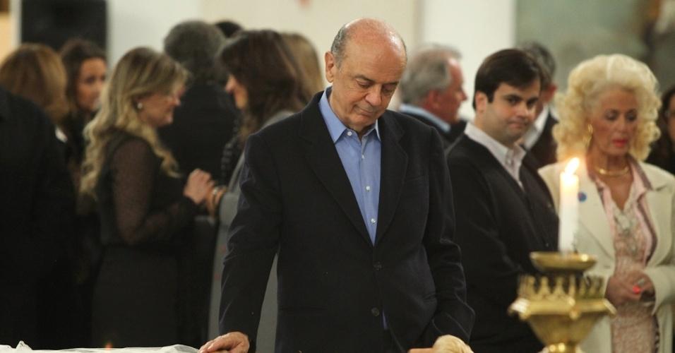 José Serra no velório de Hebe Camargo, no Palácio dos Bandeirantes (29/9/12)