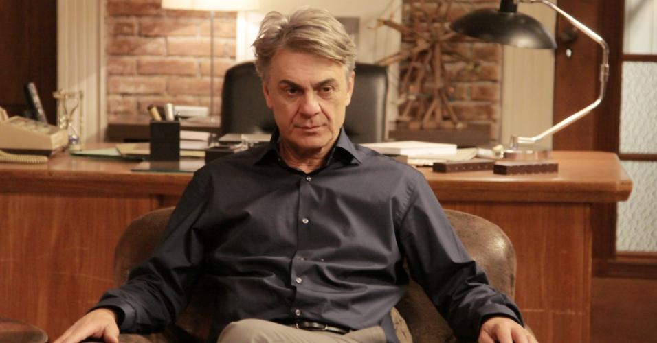 """O protagonista de """"Sessão de Terapia"""" é o terapeuta Theo Cecatto, vivido pelo ator ZéCarlos Machado. Na trama, ele lida com os dilemas de cinco pacientes e também se trata com uma psicóloga"""