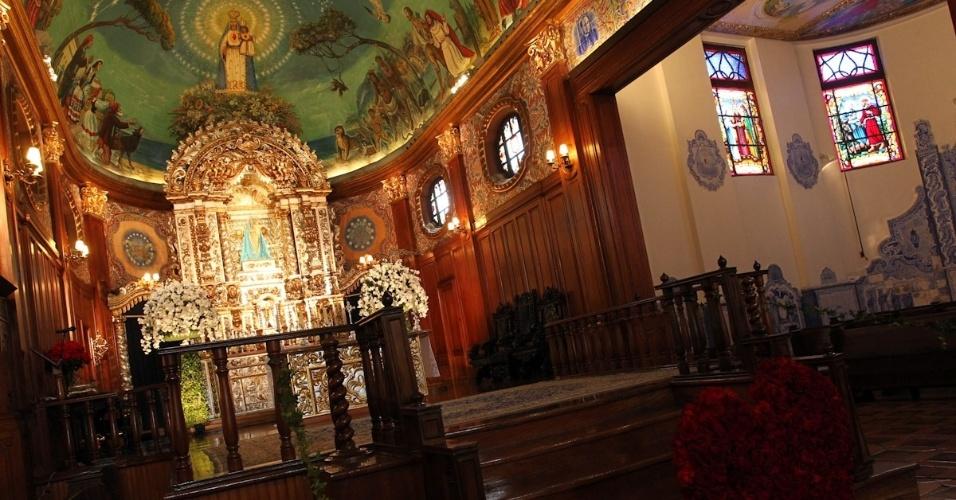 Altar da igreja Nossa Senhora do Brasil, em São Paulo, na missa de sétimo dia de Hebe Camargo (5/10/12)