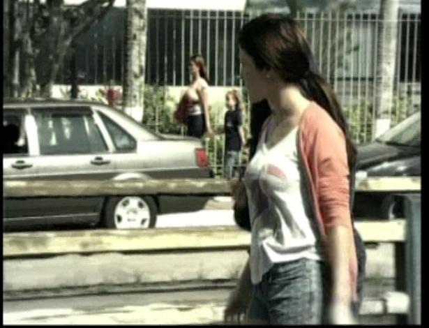As irmãs Diva e Dóris decidem roubar o carro