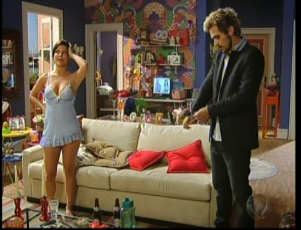 Diva aconselha que Norberto vá a madame Zenaide para saber se o sonho é uma profecia