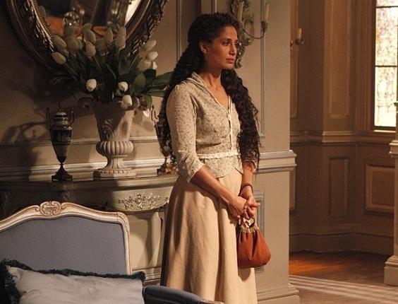 """Em """"Lado a Lado"""", depois de visita de Constância, Isabel vai embora da casa de Laura"""