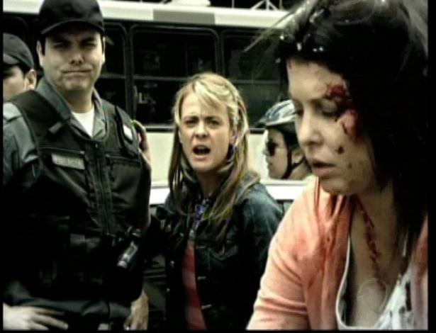 Isabel reconhece as assaltantes e elas são levadas para a Fundação Casa