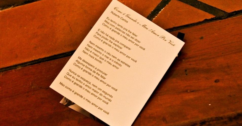 """Letra da música """"Como é Grande o Meu Amor por Você"""""""", no programa da missa de sétimo dia de Hebe Camargo (5/10/12)"""