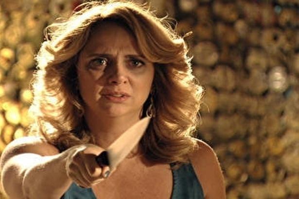 """Em """"Avenida Brasil"""", Max humilha Ivana e afirma que a desencalhou (9/10/12)"""