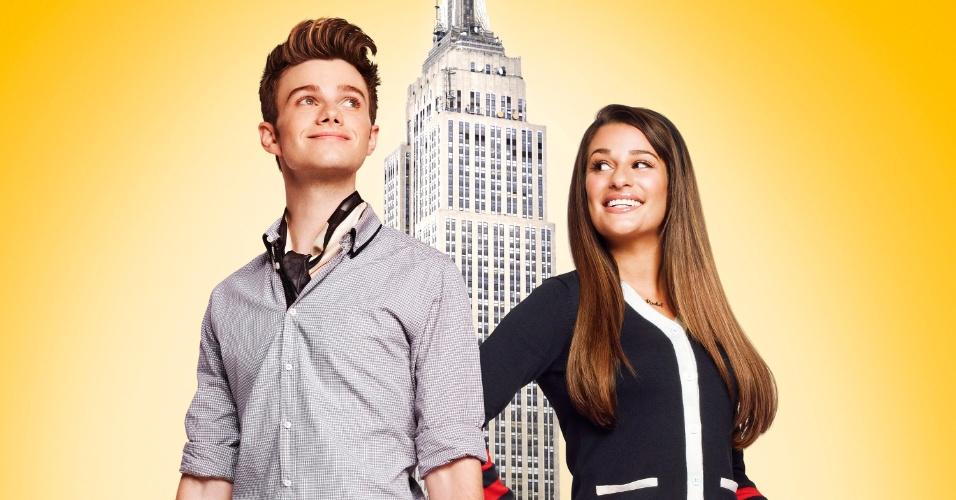"""Cartaz da quarta temporada de """"Glee"""" mostra Kurt (Chris Colfer) e Rachel (Lea Michele) com malas prontas  A temporada, que estreia dia 14 de novembro, às 22h15 na Fox, terá como cenário além do colégio McKinley, a cidade de Nova York, para onde Kurt e Rachel se mudarão"""