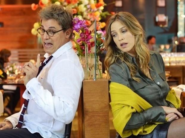 """Em """"Guerra dos Sexos"""", Vânia tenta terminar com Felipe, mas não consegue (10/10/12)"""