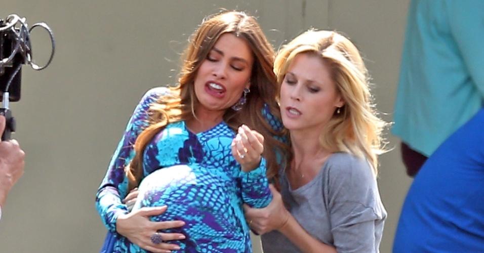 """Sofia Vergara grava cena em que sua persoangem de """"Modern Family"""" se prepara para dar à luz (10/10/12)"""