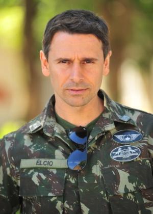 O personagem Élcio, interpretado por Murilo Rosa  - Divulgação/TV Globo