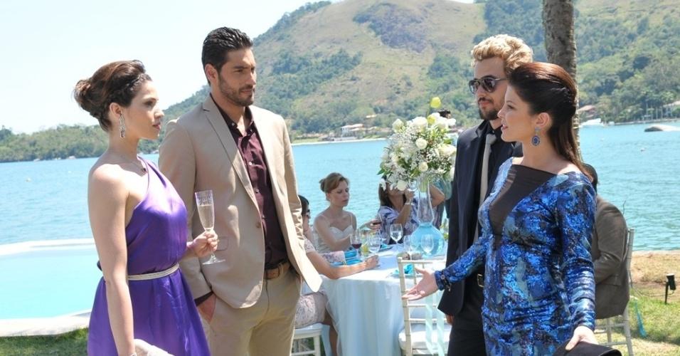 """Em """"Balacobaco"""", Norberto recrimina Diva durante o casamento de Lucas"""