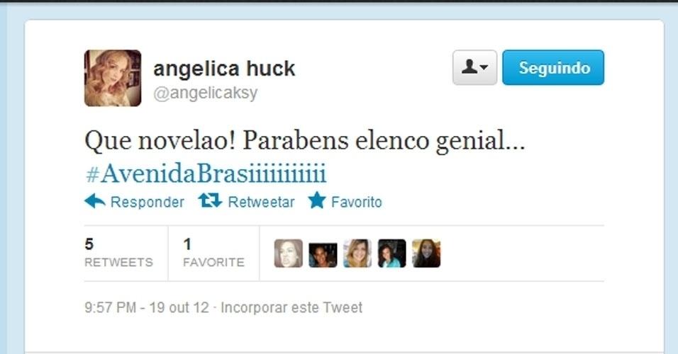 Twitter Angélica