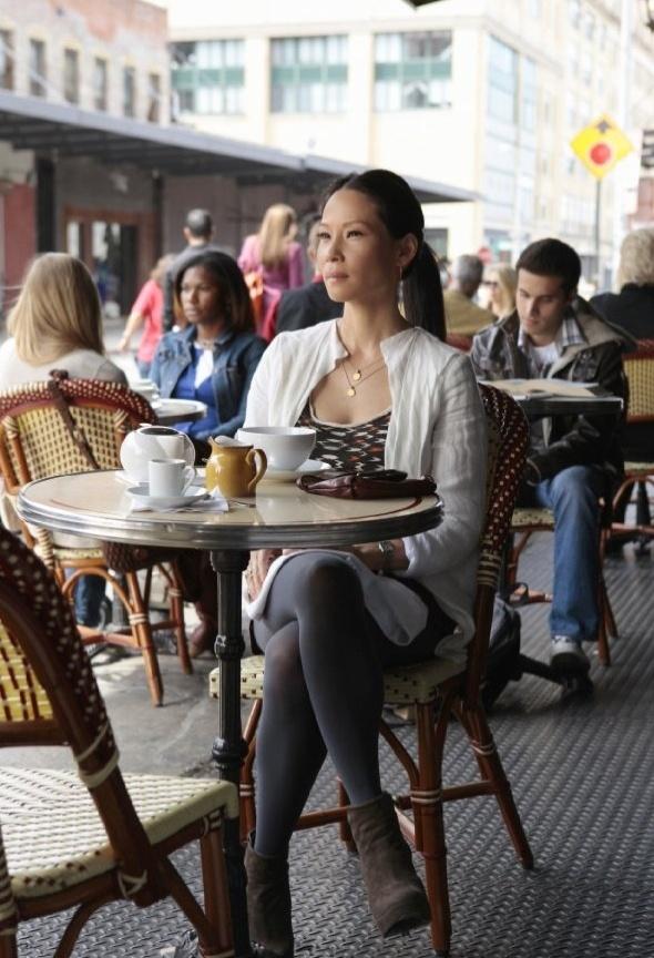 """A atriz Lucy Liu é a nova assistente de Sherlock Holmes, substituindo o personagem Watson na série """"Elementary"""""""