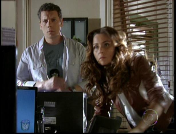 Delegada Heloisa acompanha a invasão pelo computador