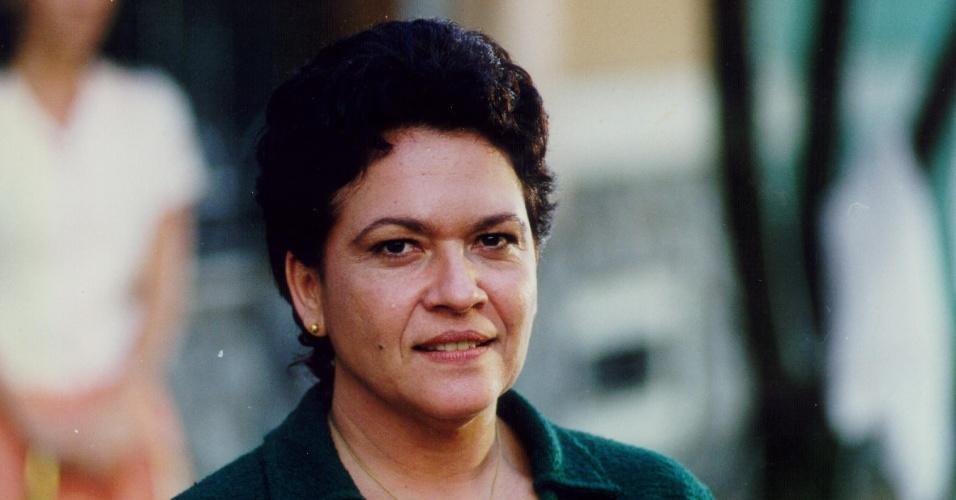 """Regina Dourado durante gravação da novela """"Anjo Mau"""", da Globo (1997)"""
