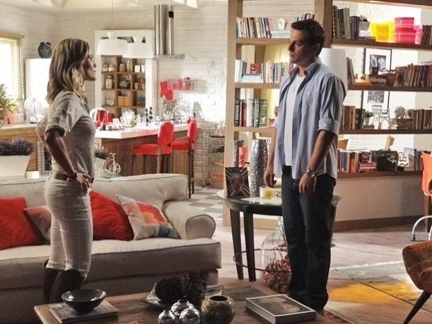 """Em """"Salve Jorge"""", Théo termina com Érica e conta que está apaixonado por outra mulher (24/10/12)"""