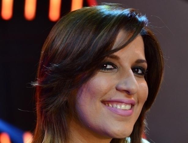 """A carioca Jéssica Campos, de 27 anos, já tentou vaga no """"Ídolos"""" por quatro vezes, mas nunca tinha chegado ao top 10. Ela conquistou a vaga na final depois de cantar """"As Rosas Não Falam"""", de Cartola"""
