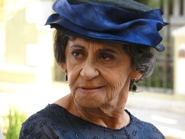 """Em """"Gabriela"""", Dorotéia revela que sente saudade da vida de quenga (26/10/12)"""