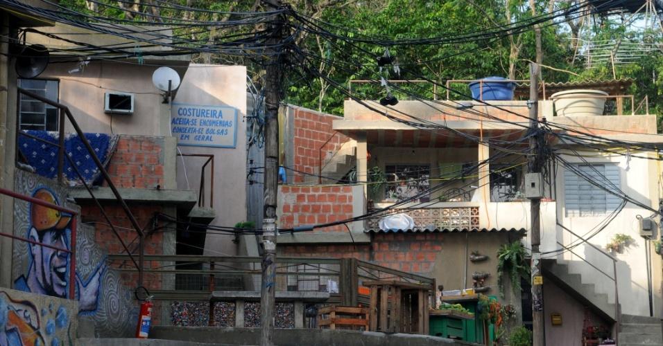 A maior parte das casas possui uma pequena laje (26/10/2012)
