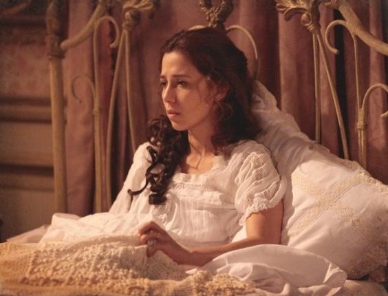 """Em """"Lado a Lado"""", Sumiço de Edgar deixa Laura e Constância à beira de ataque de nervos"""
