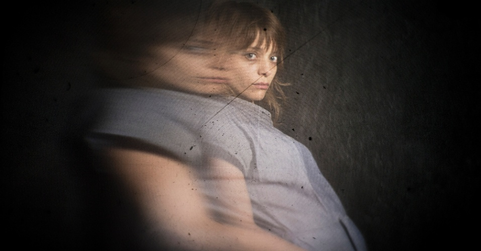 "Lizzie Brocheré é Grace em ""American Horror Story - Asylum"""