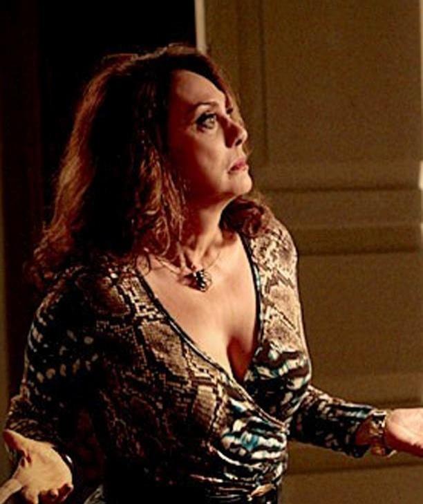 Os preços do colar com pingente em forma de aranha da Muricy (Eliane Giardini) variam de R$12 a R$23,60 (31/10/2012)