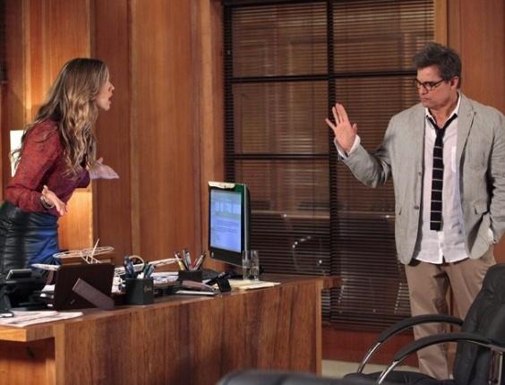 Vânia pede ajuda para Felipe para acabar com Carolina No ar: 5/11/2012