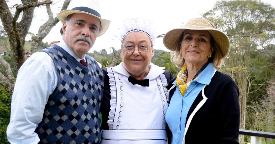 """Da esquerda para a direita, Tony Ramos, Marilu Bueno e Irene Ravache em cena da novela """"Guerra dos Sexos"""", da Globo (2012)"""