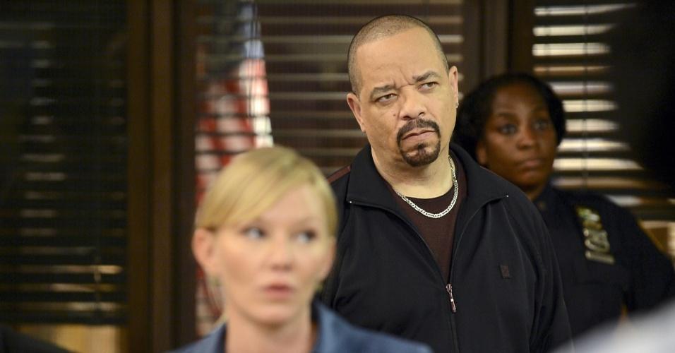 """Os detetives Amanda Rollins (Kelli Giddish) e Odafin """"Fin"""" Tutuola (Ice-T) terão que lidar com uam crise no departamento de crimes sexuais na 14ª temporada de """"Law & Order: SVU"""", que estreará na próxima terça (6) com a exibição de dois episódios seguidos no Universal Channel"""