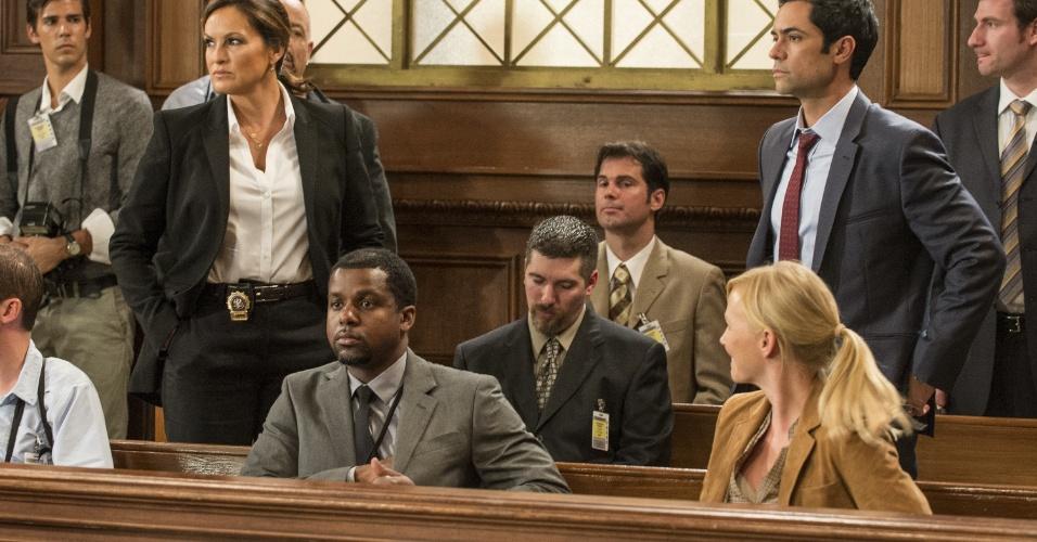 """Os detetives Nick Amaro (Danny Pino) e Olivia Benson (Mariska Hargitay) terão que lidar com uma crise no departamento de crimes sexuais na 14ª temporada de """"Law & Order: SVU"""", que estreará nesta terça (6), com a exibição de dois episódios seguidos"""