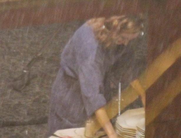 """Camila Morgado antes das gravações de """"O Canto da Sereia"""", em Salvador (6/11/2012)"""