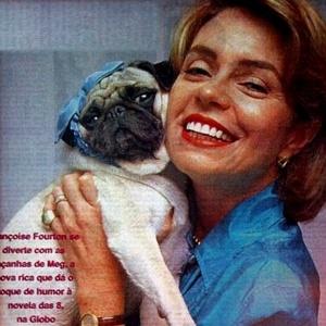 """Em """"Por Amor"""" (1997/1998), a cadelinha da socialite Meg (Françoise Fortun), era tratada como uma verdadeira princesinha, com direito a muito luxo que sua dona pôde lhe proporcionar"""