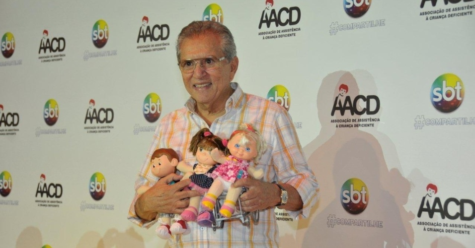 O apresentador Carlos Alberto Nóbrega participa do Teleton 2012, que pretende arrecadar R$ 25 milhões (10/11/12)