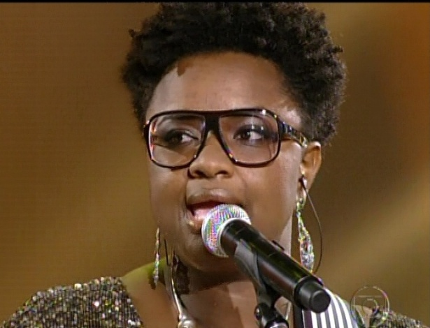 """Ellen Oléria canta """"Mobile"""", de Paulinho Moska, nas semifinais do """"The Voice Brasil"""" (11/11/12)"""