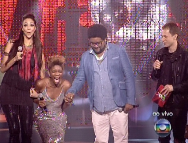 """Késia é escolhida por 42% do público para continuar no """"The Voice Brasil"""" (11/11/12)"""