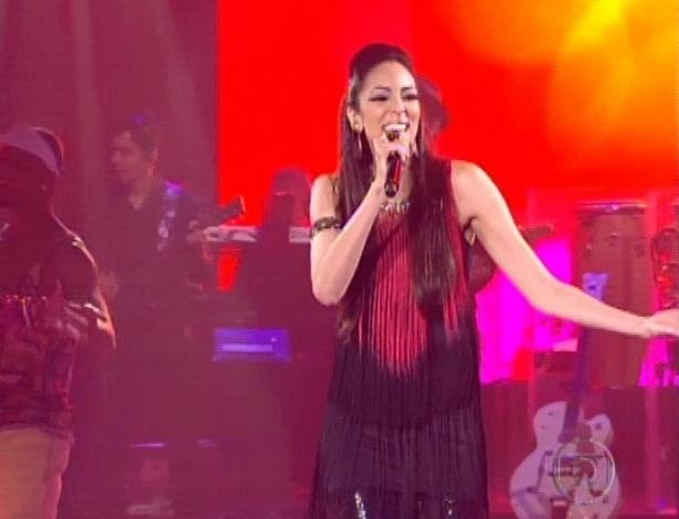 """Thais Moreira abre as semifinais e canta """"Humilde Residência"""" (11/11/12)"""