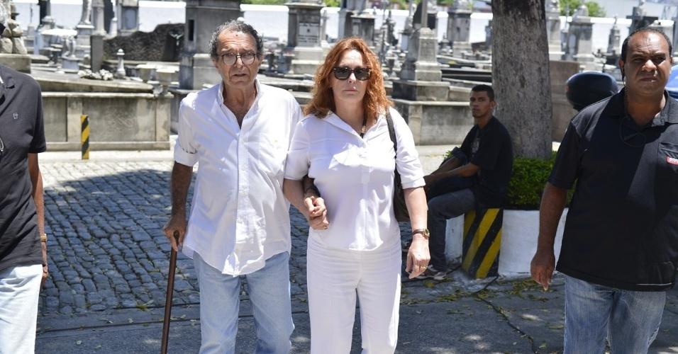 Atriz Maria Zilda chega ao velório do ator e diretor Marcos Paulo, no Memorial do Carmo, no Rio de Janeiro (12/11/12)