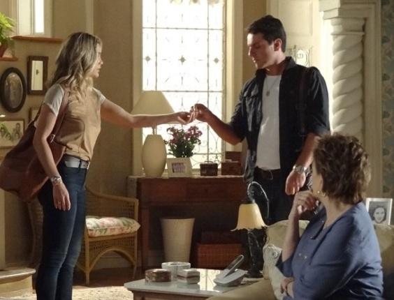 """Em """"Salve Jorge"""", Théo e Érica brigam novamente (12/11/12)"""