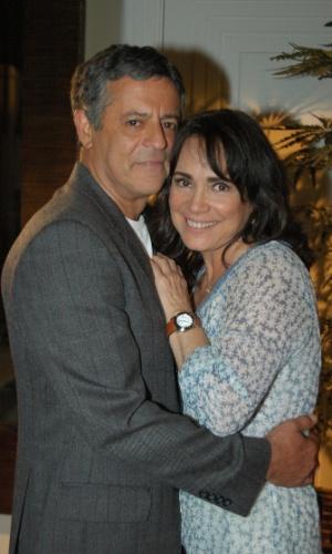 """Marcos Paulo e Regina Duarte durante as gravações de """"Páginas da Vida"""""""