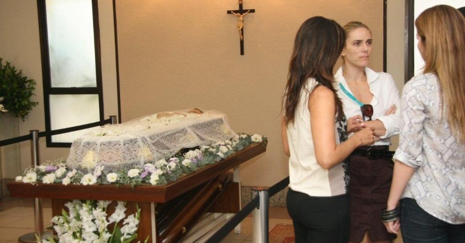 Marcos Paulo é velado no Memorial do Carmo, no Rio. Ator e diretor morreu neste domingo de embolia pulmonar (12/11/12)