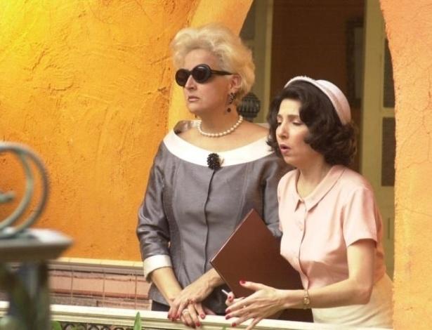 """As atrizes Betty Lago e Malu Valle em cena de """"Kubanacan"""". Na novela da Globo, elas interpretavam, respectivamente, as personagens Mercedes e Remédios (2003)"""