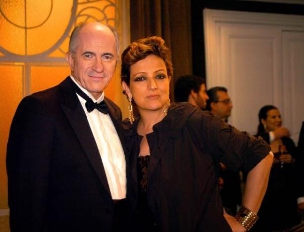 """Os atores Betty Lago e Carlos Gregório no episódio """"Uma Noite na Ópera"""", da série """"A Vida Alheia"""", da Globo (2010)"""