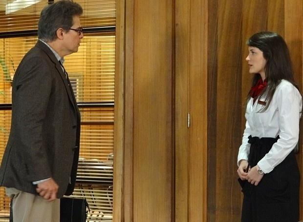 """Em """"Guerra dos Sexos"""", Felipe promove Carolina a sua secretária (22/11/12)"""