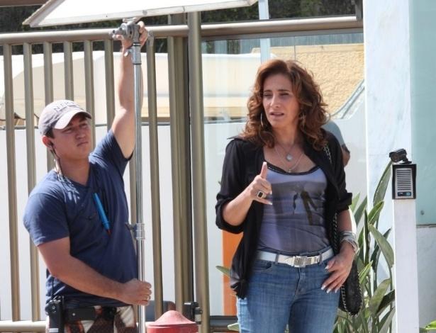 "Totia Meirelles grava cenas de ""Salve Jorge"" na Barra da Tijuca (22/11/12)"