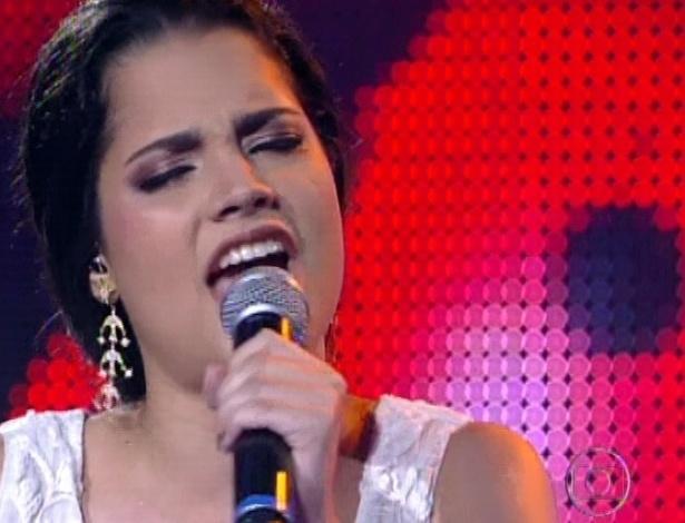 """Ana Rafaella interpreta """"?Não Precisa Mudar"""", de Ivete Sangalo, na quarta semifinal do """"The Voice Brasil"""" (25/11/12)"""