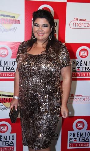 A atriz Fabiana Karla posa no tapete vermelho do Prêmio Extra de Televisão, que acontece nesta terça (27), no Rio de Janeiro 27.nov.2012