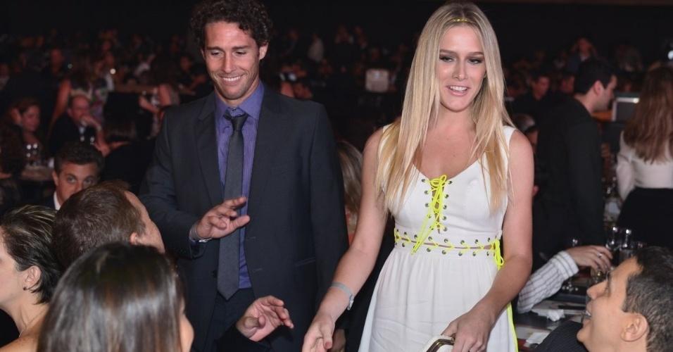 Flávio Canto e Fiorella Mattheis no Prêmio Extra de Televisão, no Rio de Janeiro 27.nov.2012