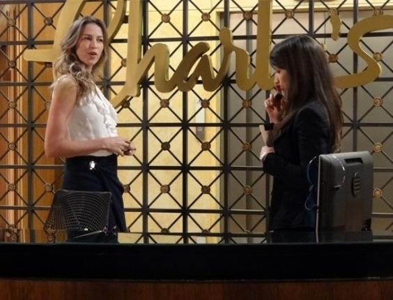 """Em """"Guerra dos Sexos"""" , Felipe manda bombons para agradecer 'favorzinho' de Carolina e Vânia flagra"""