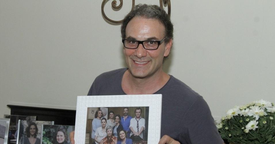 """3.dez.2012 - Marco Ricca participou da coletiva de """"Doce de Mãe"""", especial de final de ano da Rede Globo, que aconteceu no Rio"""