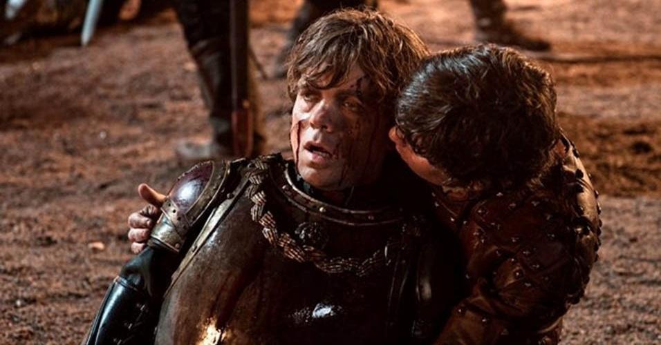 Game of Thrones (2ª temporada)|HBO|: Inspirada na saga de George R.R. Martin, a série retrata o continente fictício Westeros, onde vários clãs medievais disputam a liderança dos Sete Reinos. No segundo ano, a trama mostra os acontecimentos que culminam em uma espetacular batalha liderada pelo anão Tyrion Lannister (Peter Dynklage) (foto)
