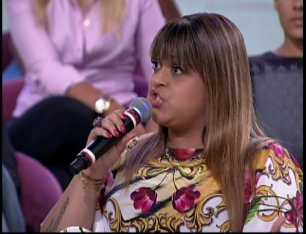 """11.dez.2012 No programa """"Econtro com Fátima"""", Preta Gil comenta que precisou ir ao psicólogo para se tratar de uma compulsão por compras"""